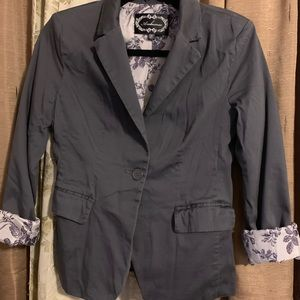 Women's Fashion Gray Blazer!!!